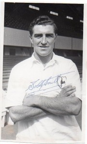 BOBBY SMITH (CHELSEA, SPURS & ENGLAND)