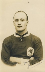 JACK NICHOLLS  (NEWPORT COUNTY, CARDIFF CITY & WALES) C 1924 FOOTBALL POSTCARD