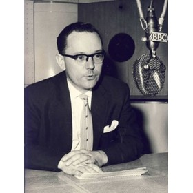 HARRY CARPENTER (BBC COMMENTATOR)
