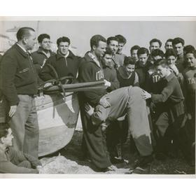 ITALY RUGBY TEAM 1950S (TRAINING ON THE BEACH)