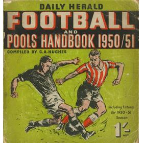 DAILY HERALD FOOTBALL AND POOLS HANDBOOK 1950-51