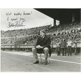 BOBBY ROBSON SIGNED PHOTOGRAPH