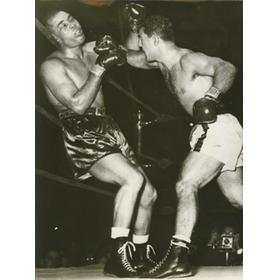 JOE LOUIS V ROCKY MARCIANO 1951 PRESS BOXING PHOTO (LOUIS GOING DOWN)