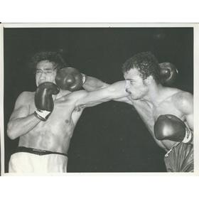 JOHN CONTEH V JORGE AHUMADA (WORLD TITLE FIGHT) 1974
