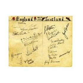 ENGLAND V SCOTLAND 1944 SIGNED ALBUM PAGE