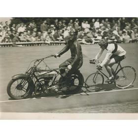 MOTOR-PACED CYCLING RACE AT HERNE HILL 1946 PHOTOGRAPH