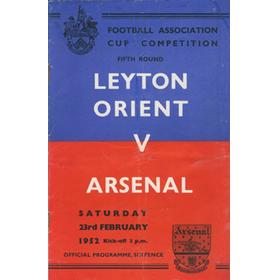 LEYTON ORIENT V ARSENAL 1951-52 (FA CUP) FOOTBALL PROGRAMME