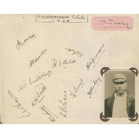 LEICESTERSHIRE COUNTY CRICKET CLUB 1930 AUTOGRAPHS