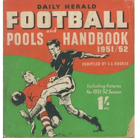 DAILY HERALD FOOTBALL AND POOLS HANDBOOK 1951-52