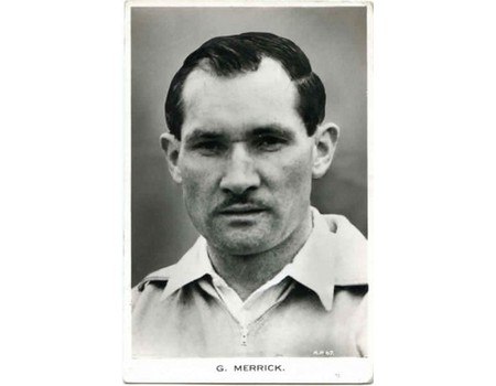 GIL MERRICK (BIRMINGHAM CITY) FOOTBALL POSTCARD