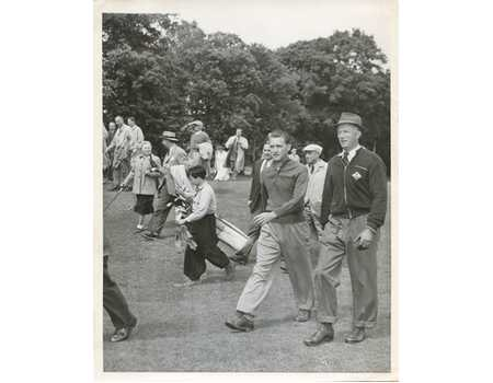 KING LEOPOLD OF BELGIUM 1949 GOLF PHOTOGRAPH