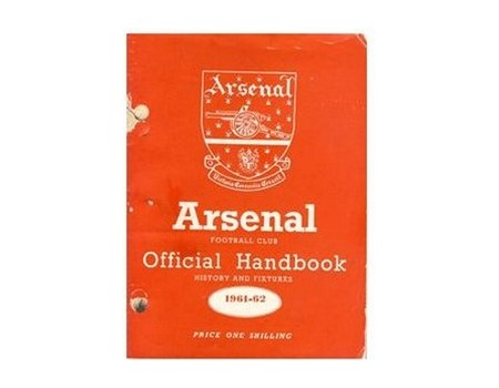 ARSENAL FOOTBALL CLUB 1961-62 OFFICIAL HANDBOOK