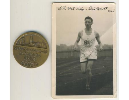 RENE HOWELL (STEEPLECHASE) 1948 LONDON OLYMPICS PARTICIPATION MEDAL + SIGNED PHOTOGRAPH