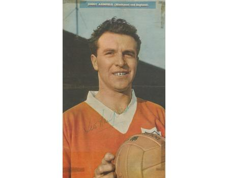 JIMMY ARMFIELD (BLACKPOOL & ENGLAND) SIGNED FOOTBALL MAGAZINE PHOTOGRAPH