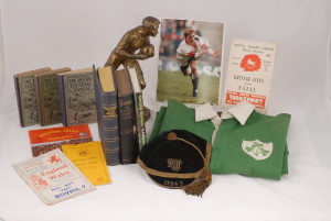 Interested in selling sports memorabilia? Contact Sportspages